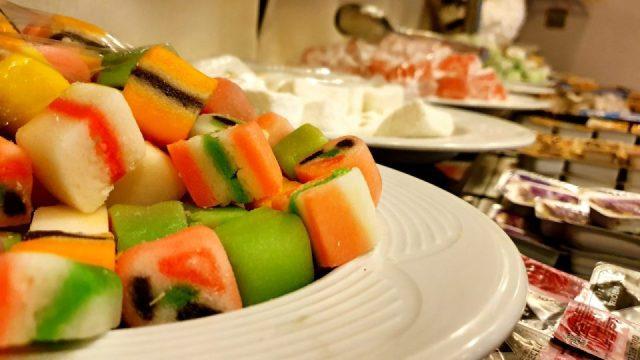açık büfe kahvaltı sunumu blue garden hotel konyaaltı antalya oteller_10