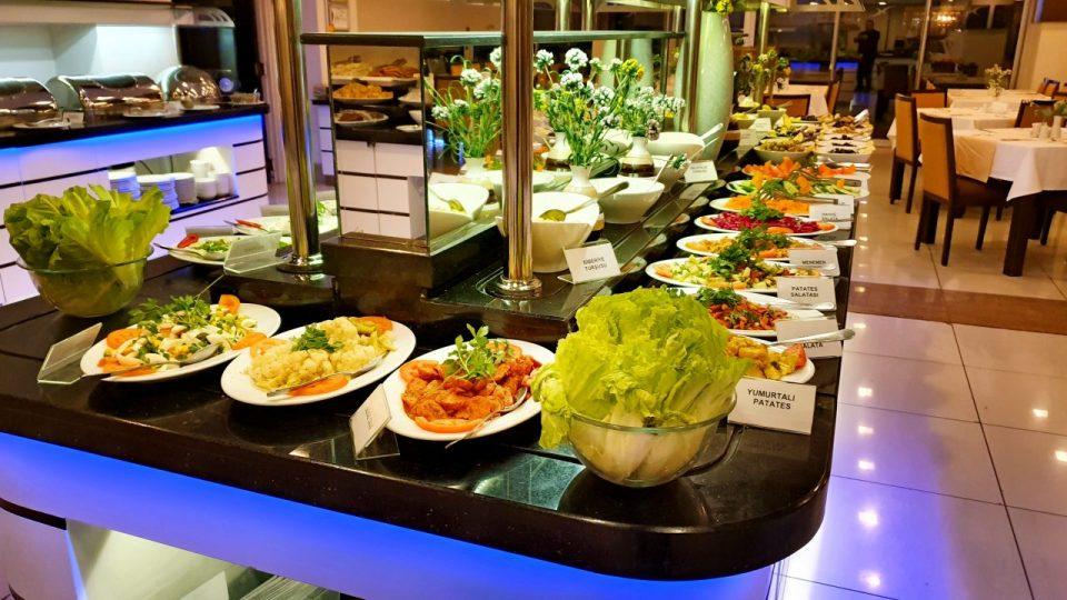 açık büfe kahvaltı sunumu blue garden hotel konyaaltı antalya oteller_19