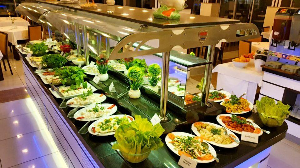açık büfe kahvaltı sunumu blue garden hotel konyaaltı antalya oteller_24