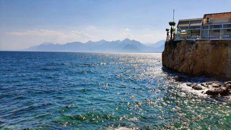 antalya yat limanından manzaralar balıkçı iskelesi tekne turları_3