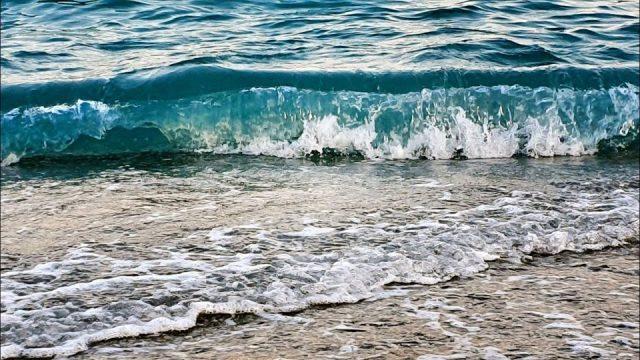 Konyaaltı Plajı Dalgalar Ağır Çekim Antalya