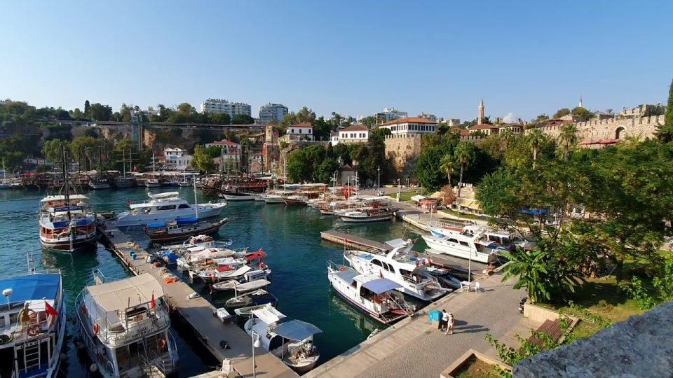 Yat Limanı Antalya Deniz Manzarası Turistik Gezilecek Yerler