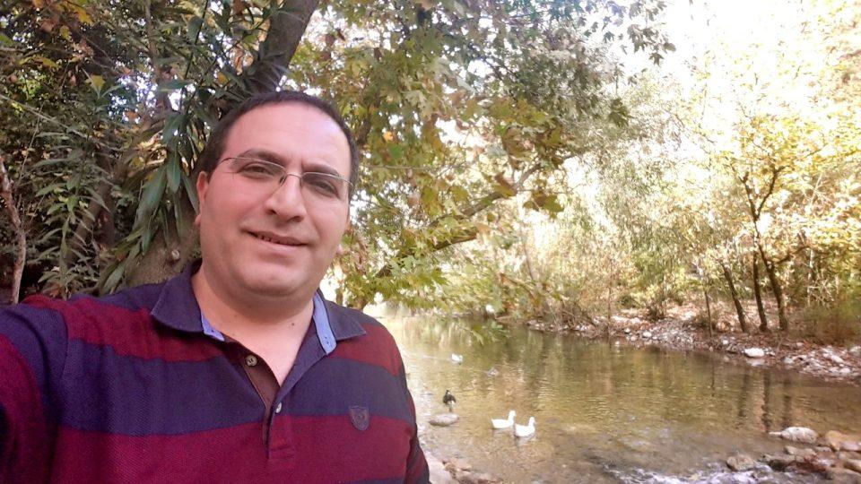 ali aksoy fotoğrafları sanatçı besteci söz yazarı şair 3