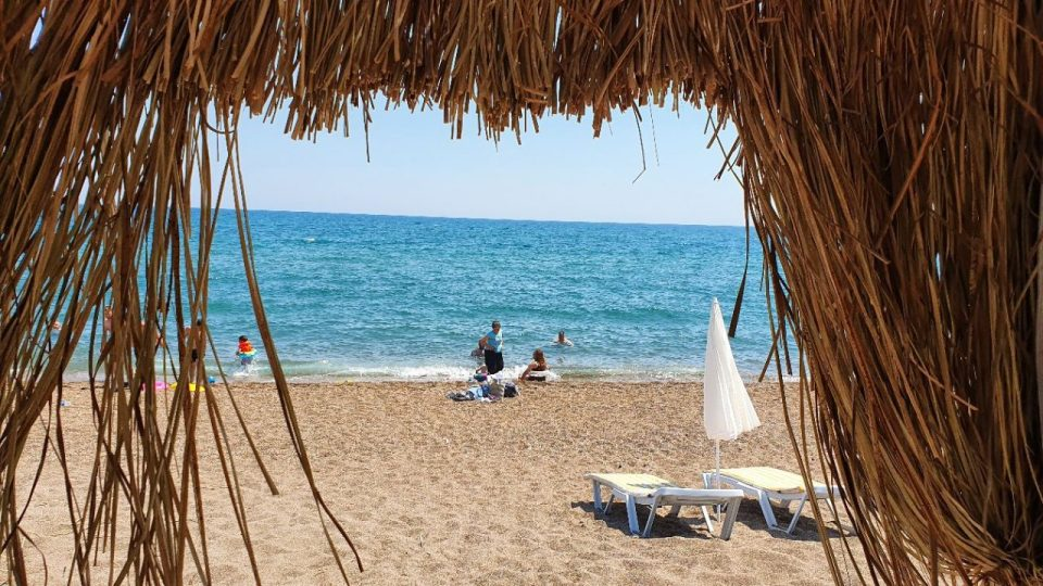 antalya lara plajları qula beach club restaurant cafe bar plaj canlı müzik 11
