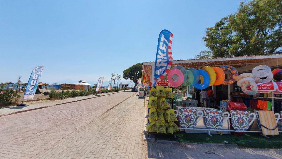 antalya lara plajları qula beach club restaurant cafe bar plaj canlı müzik 19