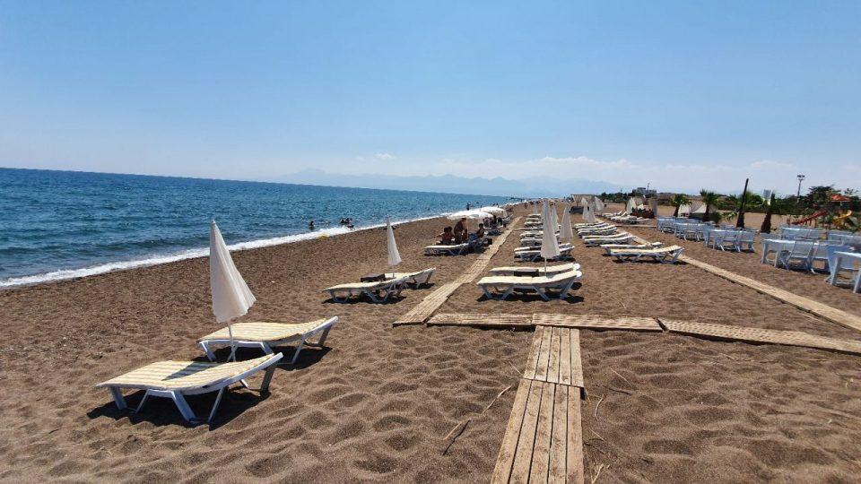 antalya lara plajları qula beach club restaurant cafe bar plaj canlı müzik 7
