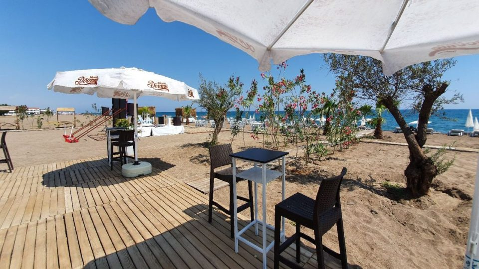 qula beach club restaurant lara plajları antalya 16