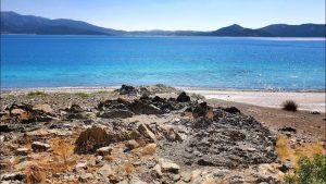 Salda Gölü Sahili Volkanik Kayaları - Salda Göl Manzarası