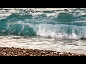 Konyaaltı Plajlarında Deniz ve Dalgalar - Antalya Deniz Manzaraları