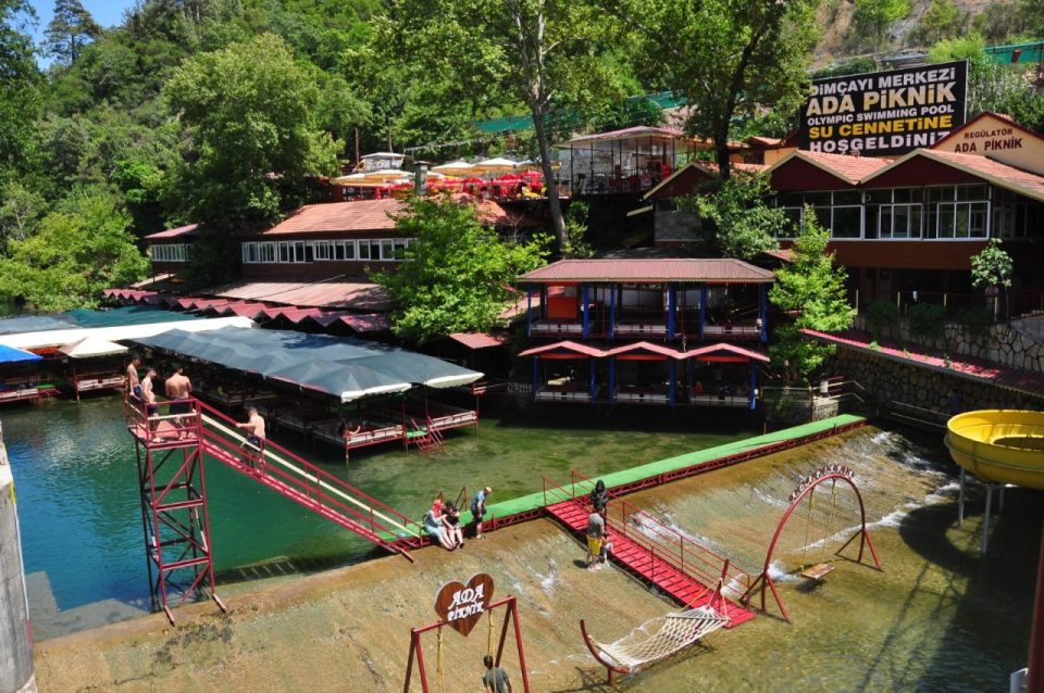 alanya gezilecek yerler dimçayı kahvaltı mekanları ada piknik restaurant (18)