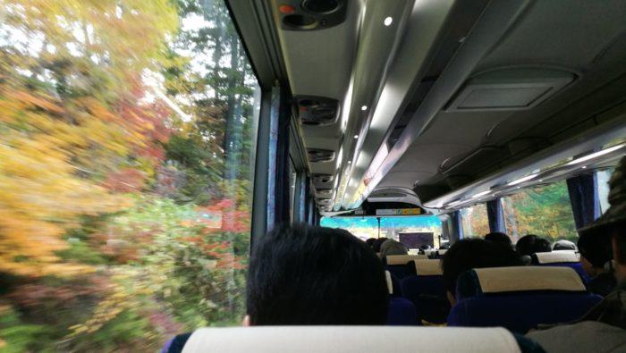 乗鞍岳行きのバス