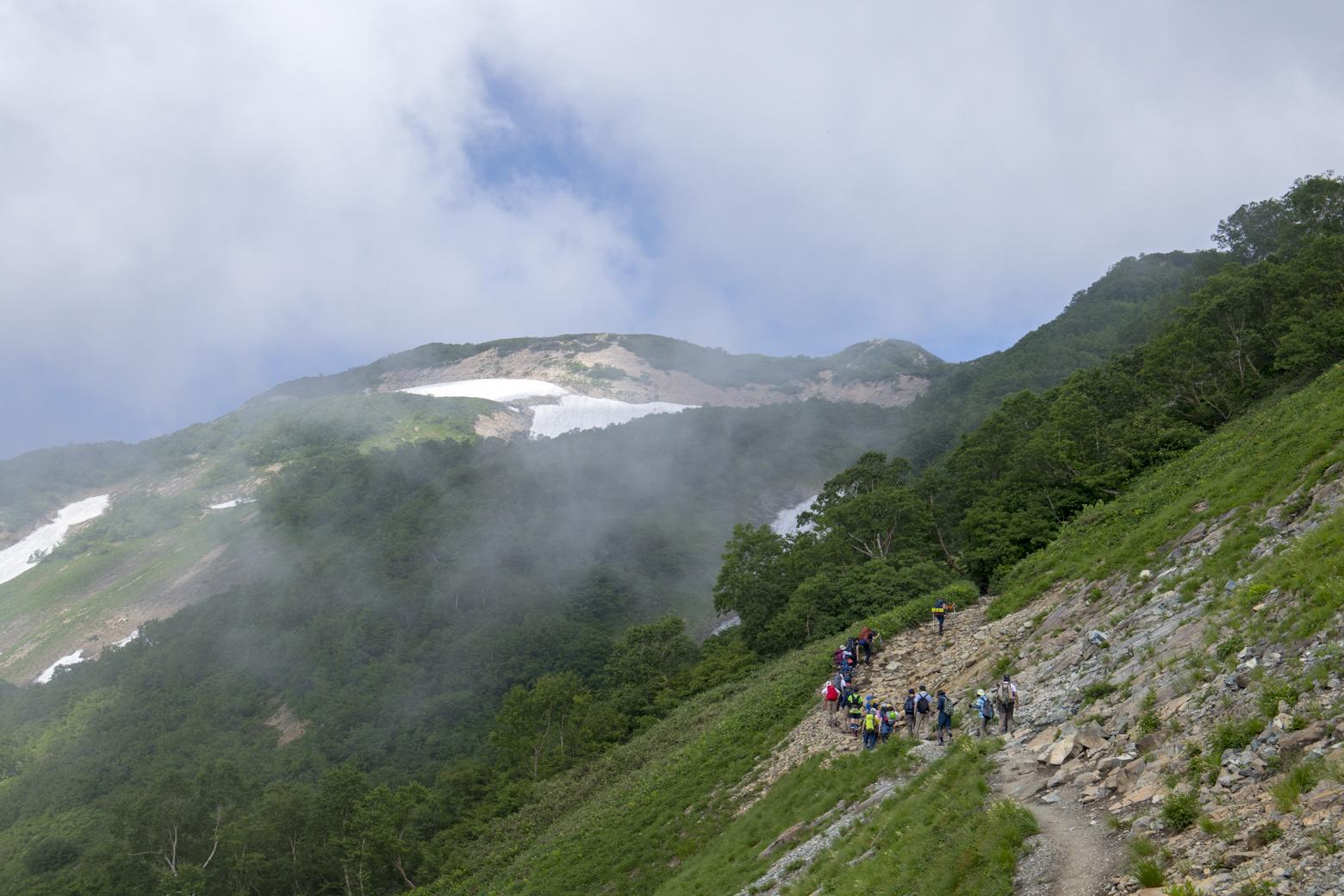 扇雪渓付近