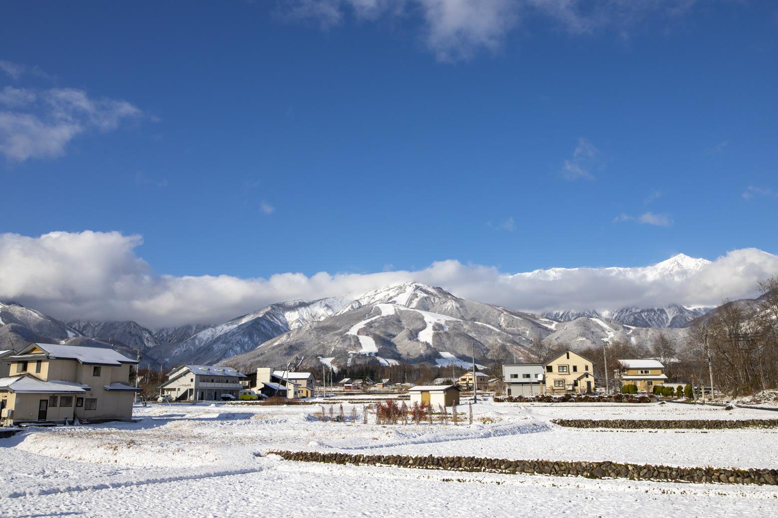 山麓の積雪がありました