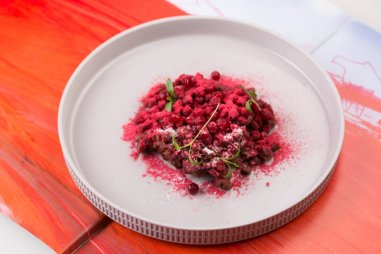 venison_tartare_with_melted_butter