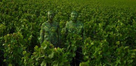 liu_bolin_x_ruinart_vineyard_0