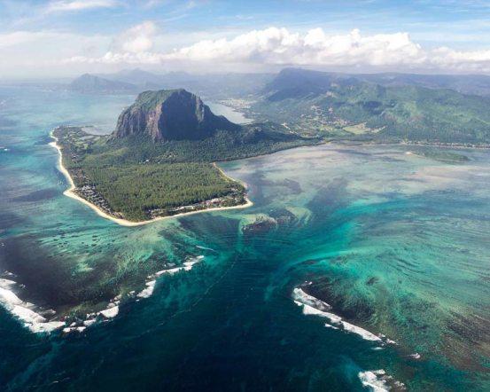 OOLSG-Mauritius_Aerial_Underwaterfall-793x634