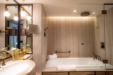 Jumeirah-Beach-Hotel-Bathrooms-3