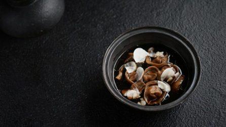 Пельмени с нежной начинкой из пюре из корня сельдерея и обжаренных белых грибов