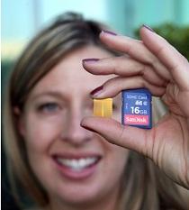 Foto de un microchip de los que se les inserta a las mascotas para si se pierden identificarlas, conteniendo su historial médico y los datos del propietario