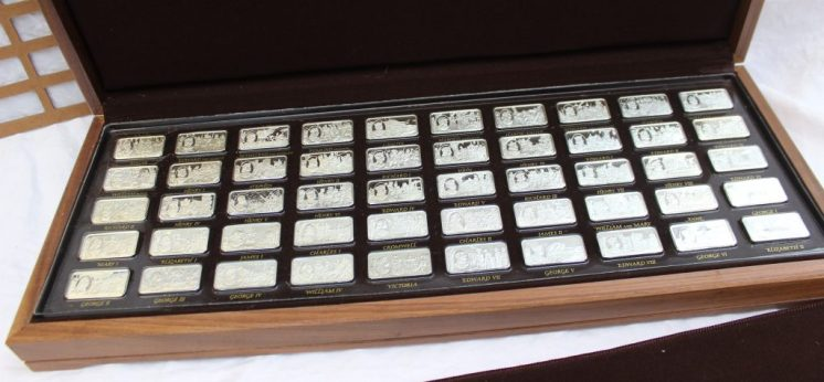 A 1000 years of British Monarchy - a set of fifty silver ingots, depicting the monarchs through the ages, cased, No.0961. Sold for £700 at Anthemion Auctions
