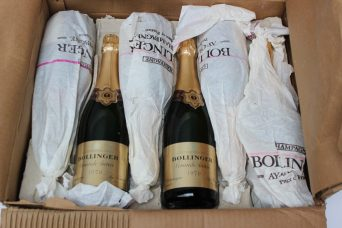 A mixed case of Bollinger champage containing Grand Annee 1979 and Brut vintage 1973. Sold for £1,150 at Anthemion Auctions