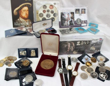 Lot 99 Sold for £300 - A 2009 United Kingdom Uncirculated coin collection, together with other collectable coins, wristwatches etc