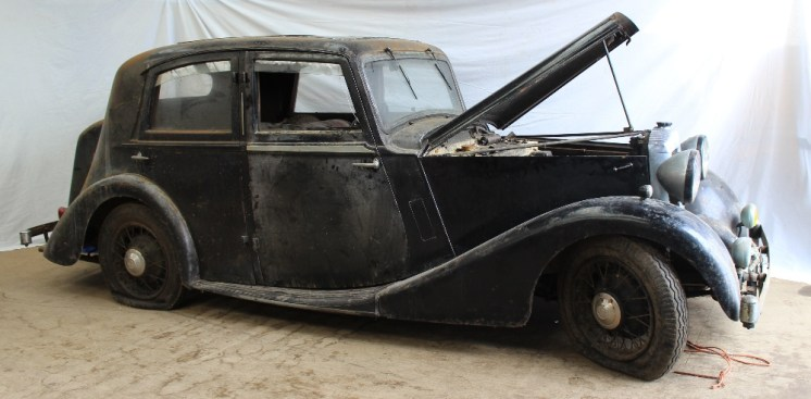 A Daimler 15 Sports Saloon, registration number DVK 756, first registered January 1937, chassis No.44036, engine No.81916, rating 16.2HP, 2107cc, with log books, keys, some MOTs etc. Sold for £1,550 at Anthemion Auctions