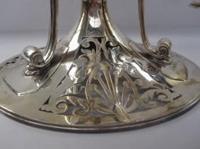 silver centre piece