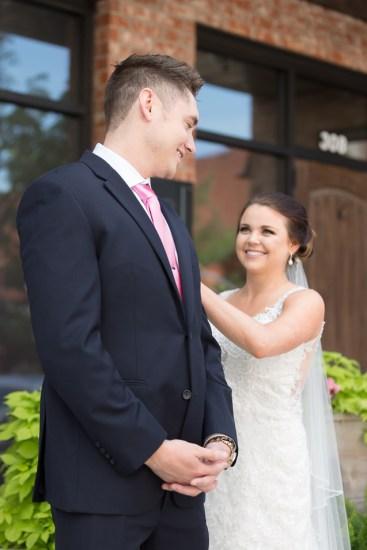 - Kansas City Wedding Photographer | Aspen Room Wedding | Downtown Lee's Summit Weddings | Lees Summit Wedding Photographer - www.anthem-photo.com - 008