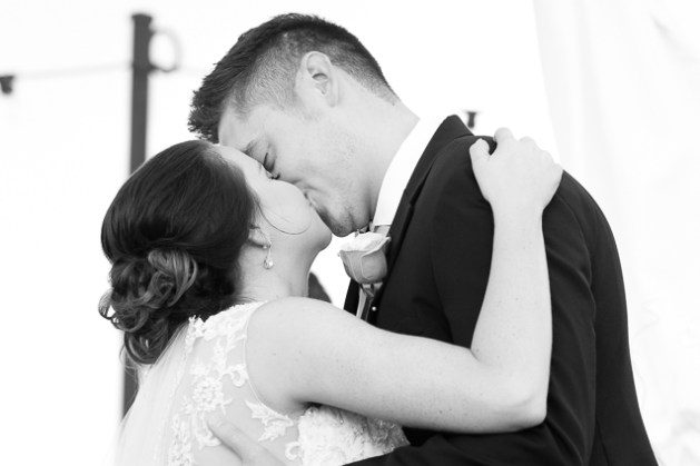 - Kansas City Wedding Photographer | Aspen Room Wedding | Downtown Lee's Summit Weddings | Lees Summit Wedding Photographer - www.anthem-photo.com - 043