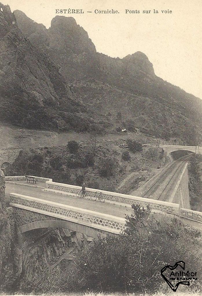 ponts Corniche sur la voie ferrée