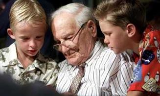 AUSTRALIA-OLDEST MAN-LOCKETT