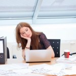 Αν βαριέστε τη δουλειά σας βρείτε άλλα κίνητρα για να αισθάνεστε καλά!
