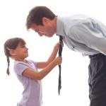 Τα 11 βασικά στοιχεία που μια κόρη χρειάζεται από τον πατέρα της