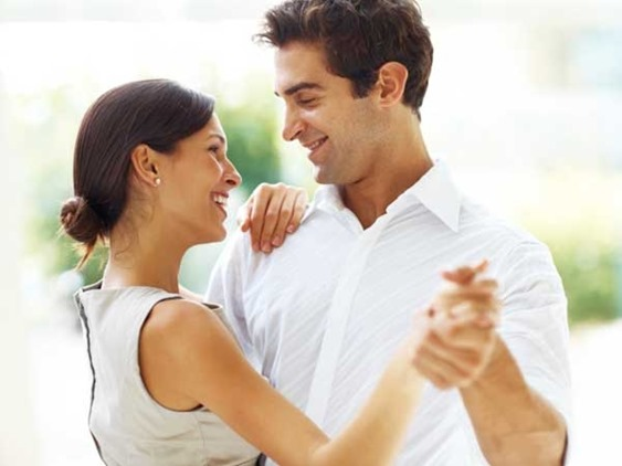 happy_couple_600x4501