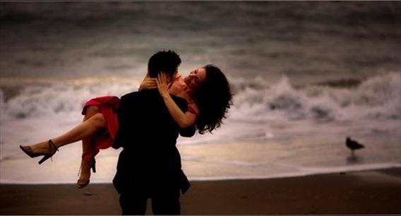 couples-love-romantic