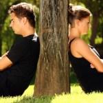 5 ενδείξεις αποξένωσης με το σύντροφό σας