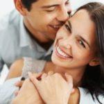 Μικρότερες και μορφωμένες γυναίκες για έναν ευτυχισμένο γάμο