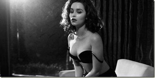 landscape-1444418511-emilia-clarke-sexiest-woman-alive-2015-4482-11