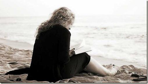woman-reading-02