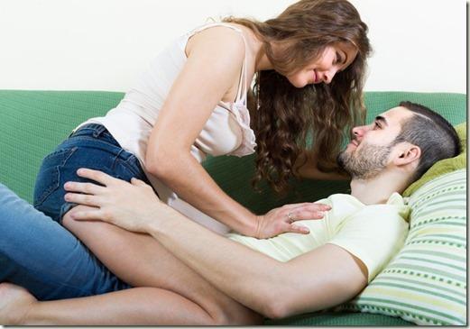 couple-sofa1