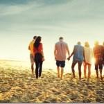 Οι γνωστοί αυξάνονται αλλά οι πραγματικοί φίλοι λιγοστεύουν