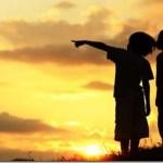 Τορκόμ Σαραϊνταριάν: Ο πιο αποτελεσματικός τρόπος να έχουν τα παιδιά διαρκή χαρά είναι να τους δώσετε ένα όραμα