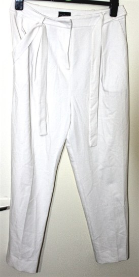 Topshop Tall White Peg Leg Trousers: Current Price £5.00 http://www.ebay.co.uk/itm/Topshop-Tall-White-Peg-Leg-Trousers-UK-12-/322259160980?hash=item4b08248f94:g:Qx0AAOSw9IpX1UO1