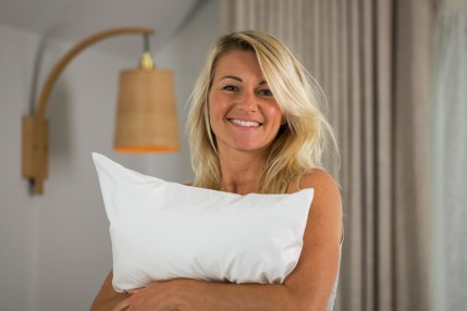 GX Pillows model and pillow