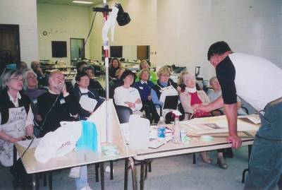 2005. Tony Batten conducting a workshop at The Toronto Watercolour Society.