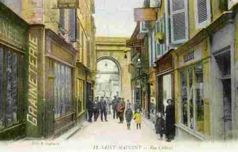 Porte Chalon from Rue Chalon