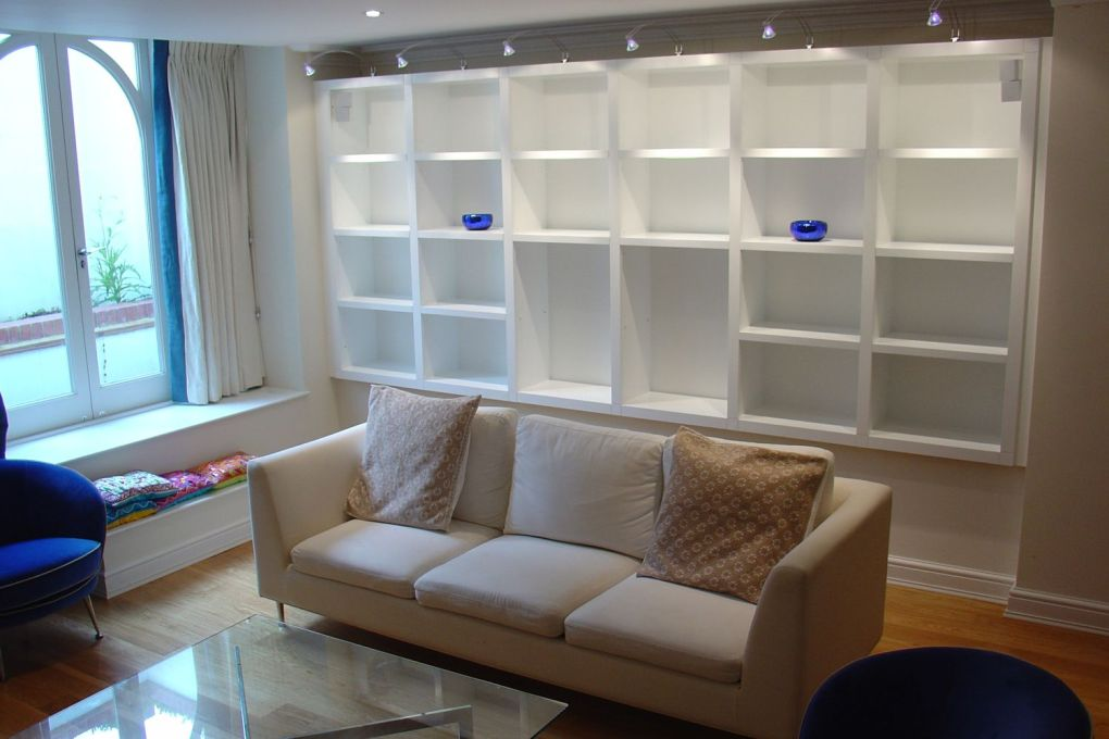 Living Room Built In Shelving with Lighting-gallery