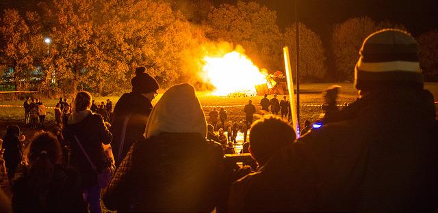 Gamesley Community Bonfire & Fireworks 2016