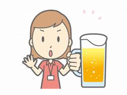 お酒を飲んでいる女性のイラスト